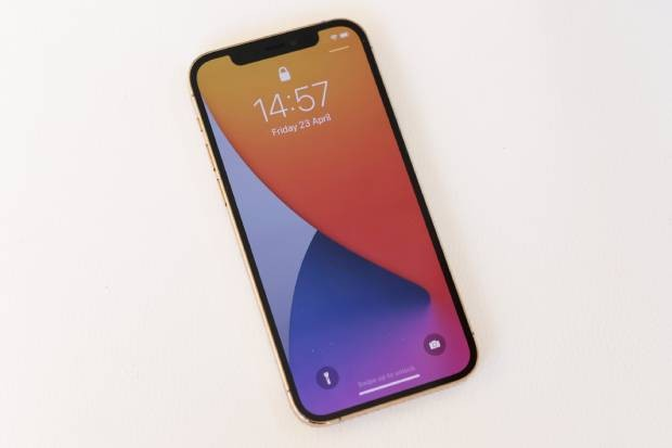 Apple iPhone 12 Pro screen