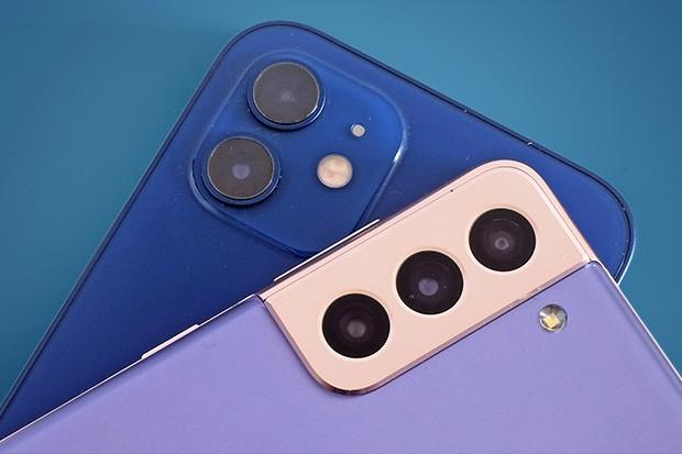 iPhone 12 vs Samsung Galaxy S21 camera