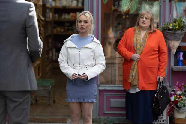 hollyoaks theresa mcqueen sally st claire