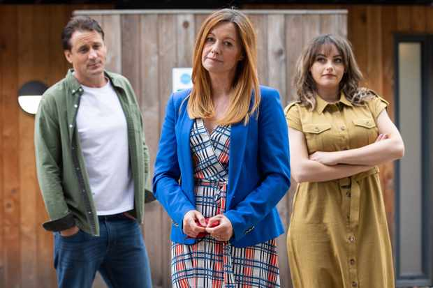 6 Hollyoaks spoilers for next week: Katie McGlynn joins as Diane's dangerous new friend and Sally's prison break