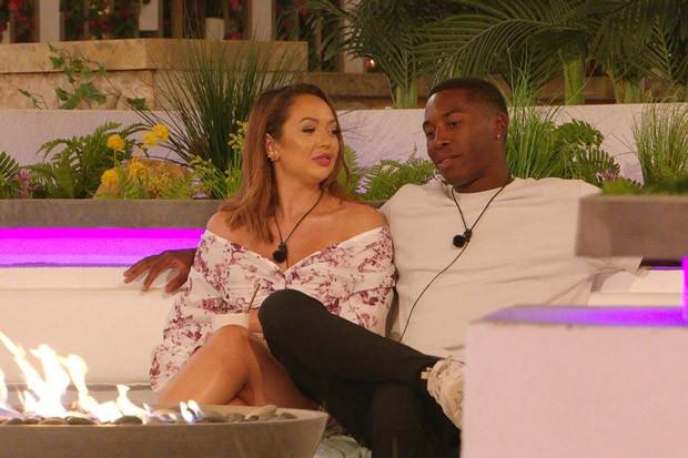 Will Aaron dump Sharon on Love Island tonight?
