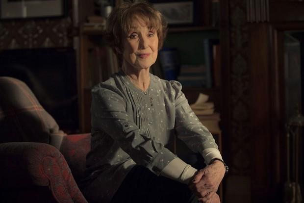 Mrs Hudson (Una Stubbs) in Sherlock