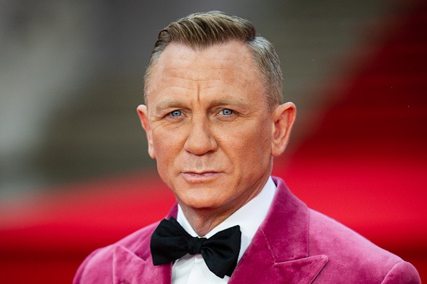 James Bond star Daniel Craig rules out Sean Connery-style return - Radio  Times