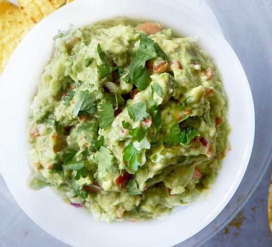 Guacamole in dish