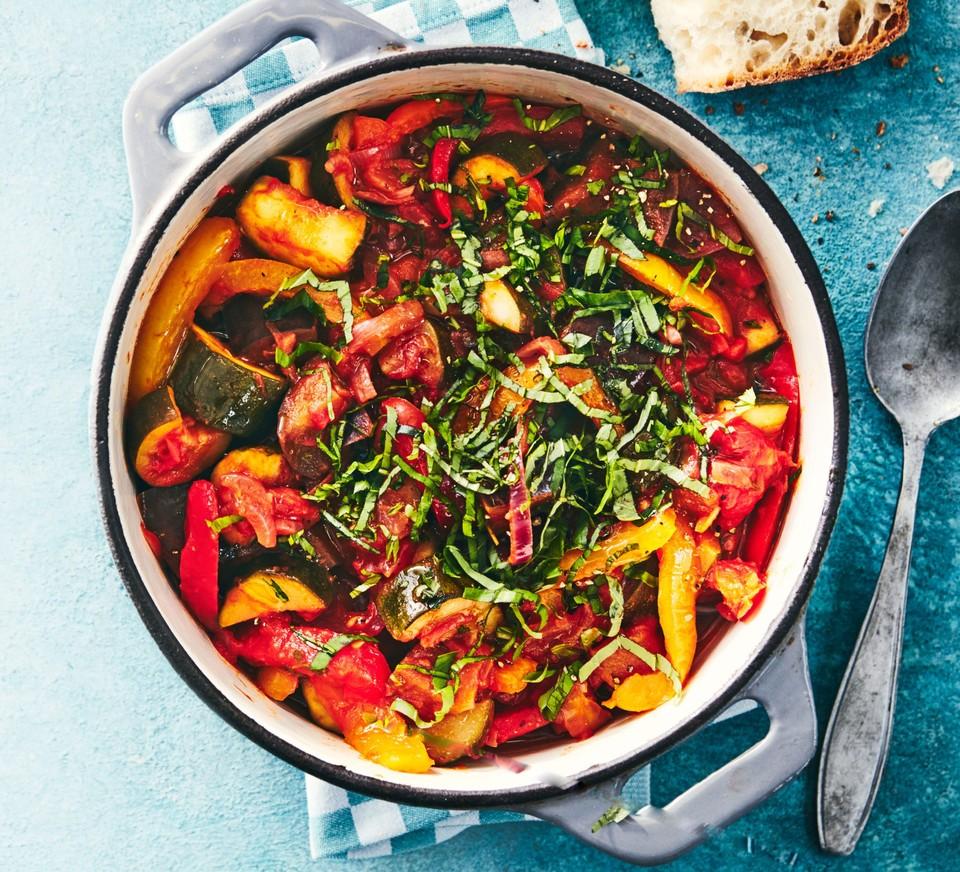 22 Vegetarian Slow Cooker Recipes Bbc Good Food