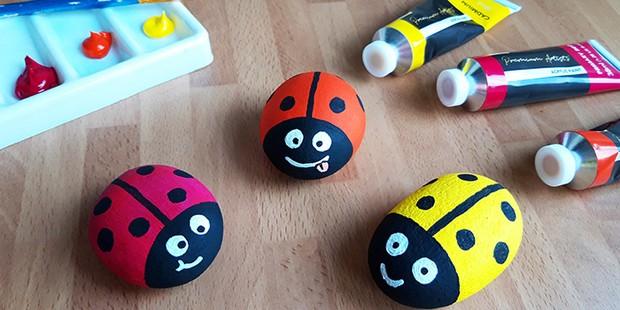 1._ladybird_rock_painting-5cb2829