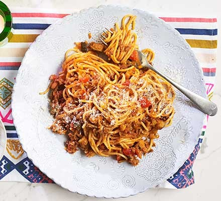 A plate serving 5-a-day Bolognese