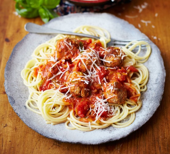 Spaghetti and meatballs with a tomato sauce