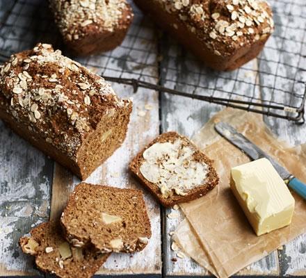 Stout & apple wheaten bread
