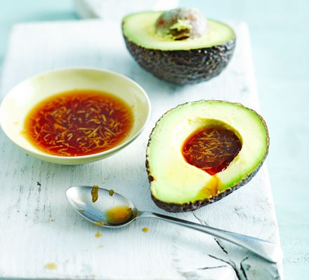 Avocado with tamari & ginger dressing