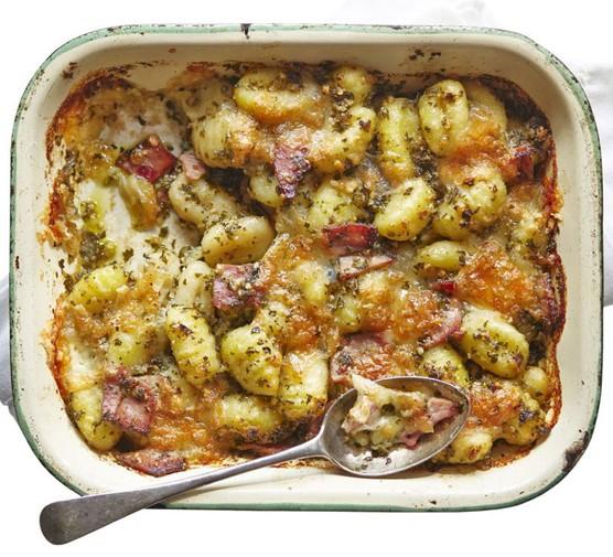 Baked gnocchi with kale pesto & ham