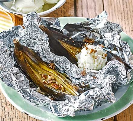 Barbecued banoffee splits served in foil