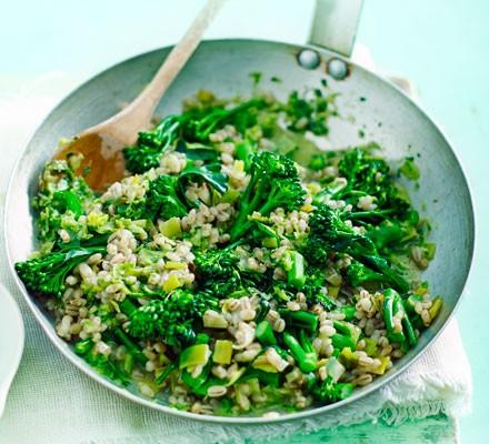 Barley & broccoli risotto with lemon & basil