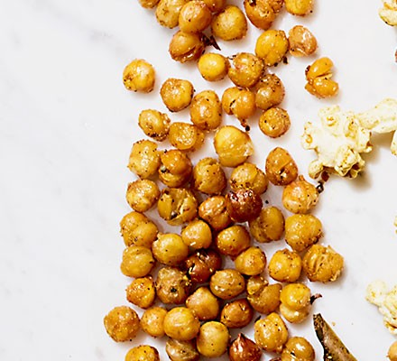 Basic curried roast chickpeas