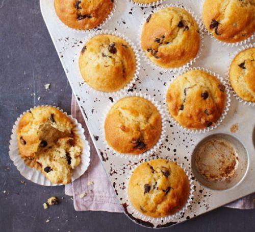 chocolate chip muffins