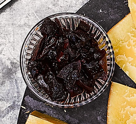 Beetroot, grape & apple relish served in a jar