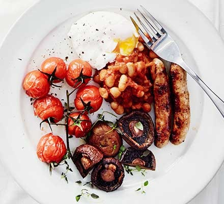 Heathy full English served on a plate
