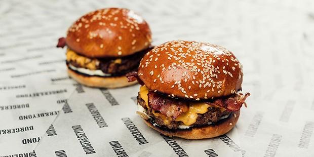 Burger & Beyond bacon burgers