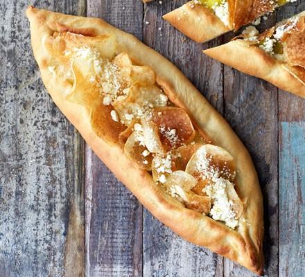 Cheese, leek & potato pide