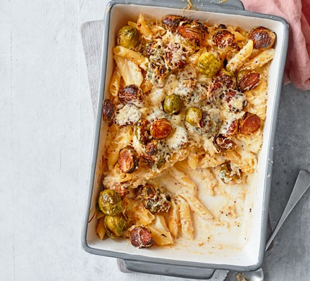 Sprout and cheese pasta bake