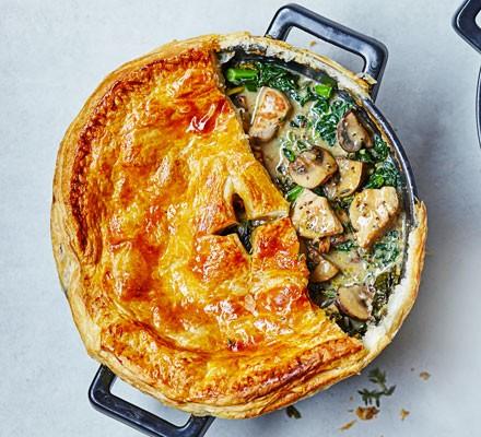 Chicken, kale & mushroom pot pie 2016
