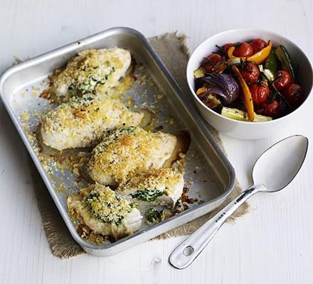 Spinach, ricotta & chicken traybake