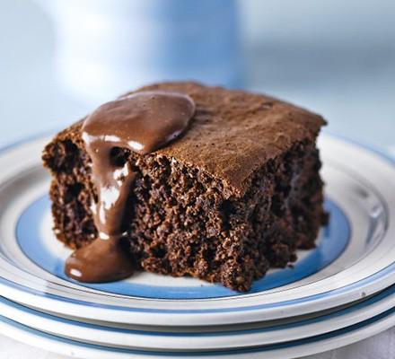 Chocolate sponge with hot chocolate custard