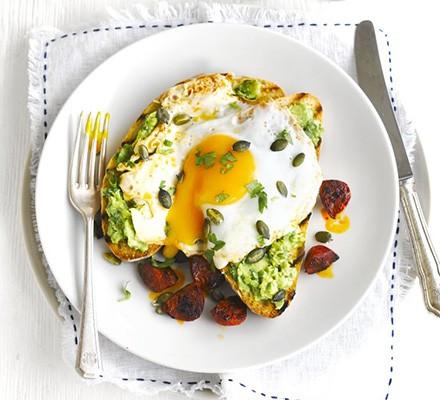 Avocado on toast with chorizo & fried eggs
