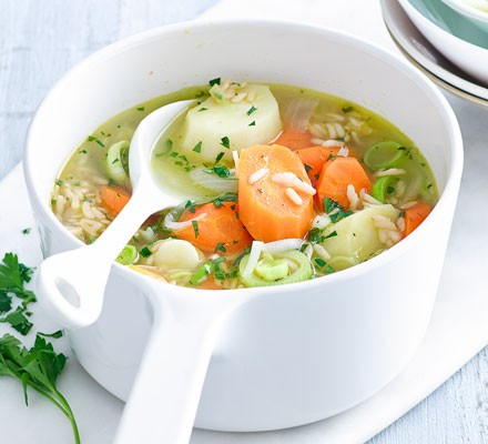 Chunky vegetable & brown rice soup