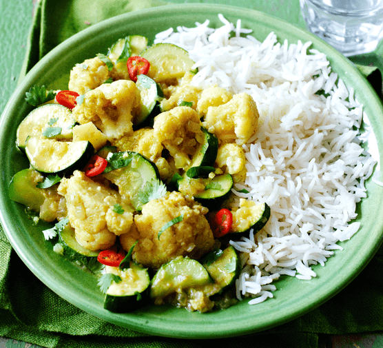 Courgette & cauliflower yellow curry