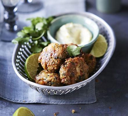 Spiced crab cakes with lemon & lime aïoli
