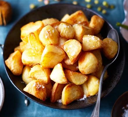 Crunchy confit roast potatoes 2016