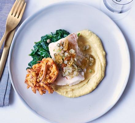 Roast cod with curried cauli ower purée & onion bhaji