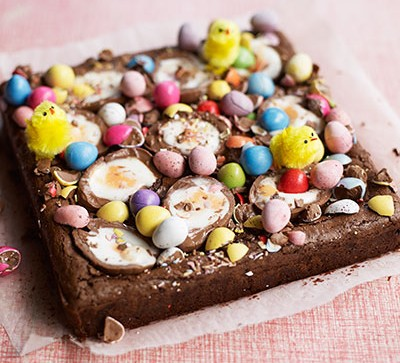 Brownie with Easter eggs