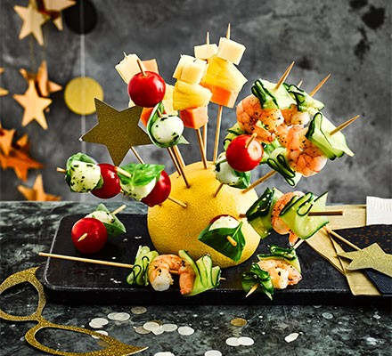 Easy hedgehog canapé skewers served on a tray