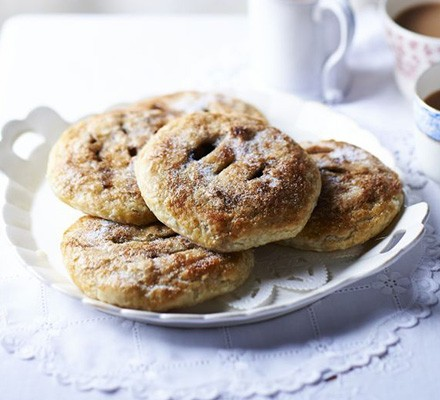Easy Eccles Cakes Recipe Bbc Good Food