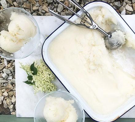 Elderflower sorbet in a dish and dessert glasses