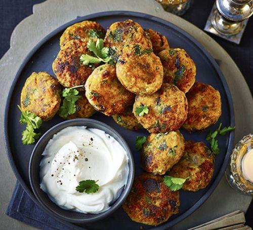 Healthy Christmas party recipes: falafel bites