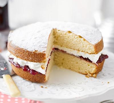 Sponge cake with slice missing
