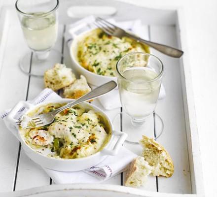 Cheesy seafood gratin