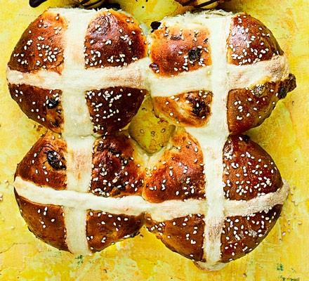 Flaouna-style hot cross buns