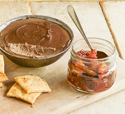 Fresh fig chutney served alongside pate and crackers