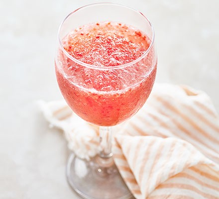 Frosé strawberry wine cocktail served in a glass