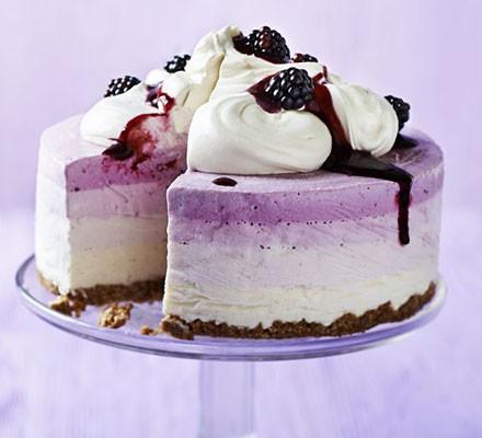 Blackberry & apple frozen yogurt cake