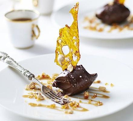 Chocolate ganache & salted caramel brittle