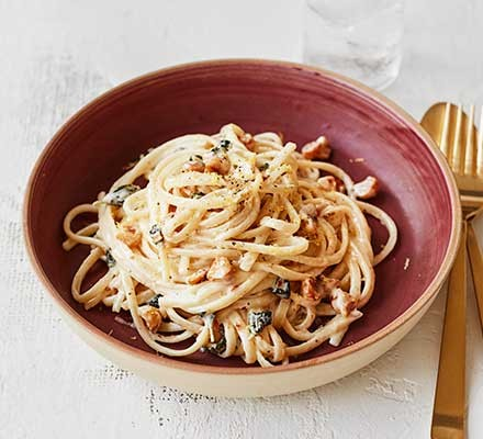 Hazelnut & oregano pasta served in a bowl