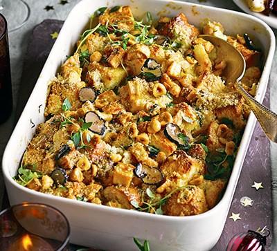 Truffled macaroni & smoked haddock bake in white dish