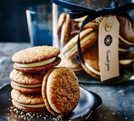 Ginger cookie sandwiches with lemon mascarpone