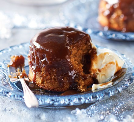 Gooey toffee puddings