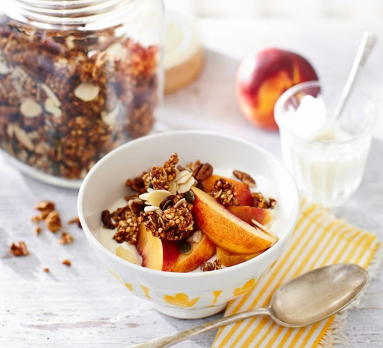 Date & buckwheat granola with pecans & seeds